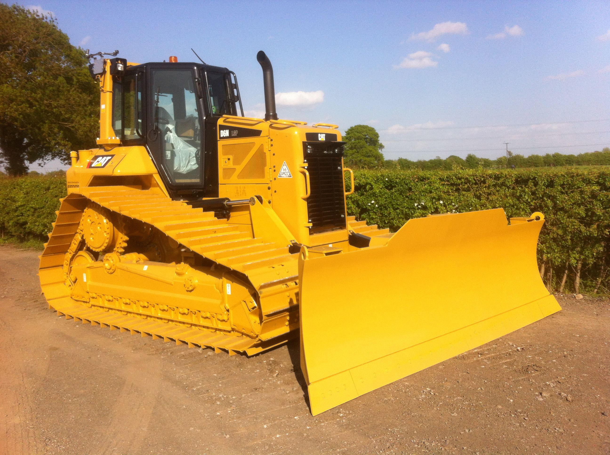 CAT D6N LGP DOZER - Ross Plant Hire Yorkshire